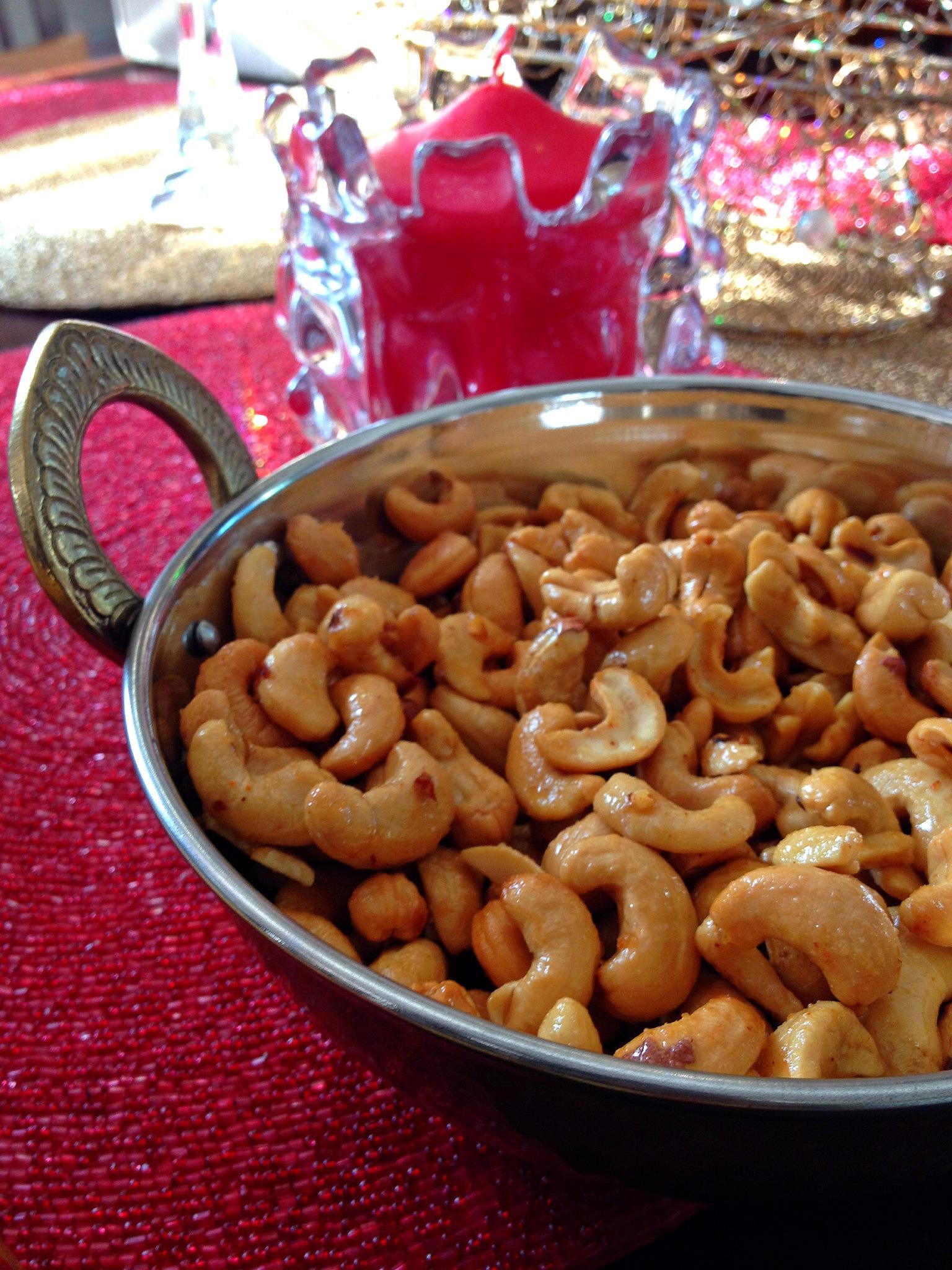 Sweet & Spicy Glazed Cashews